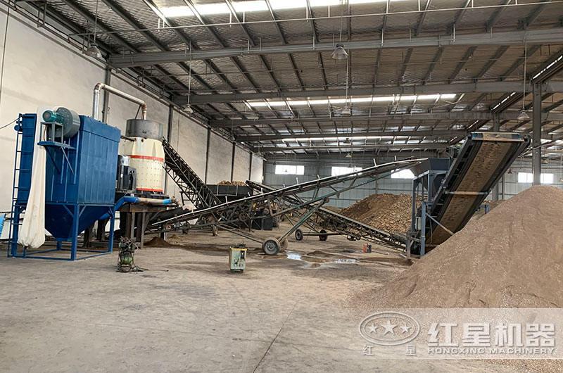 复合式制砂机作业现场