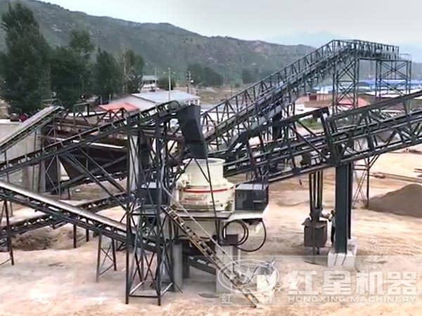 一小时产400吨制砂机用户现场