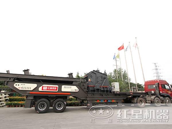 煤矸石移动碎石机发往山西