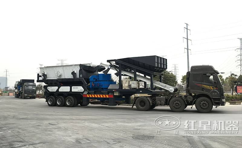 可移动式石头制砂设备发货现场