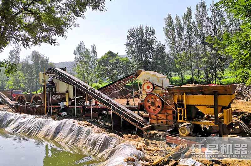 嵩县碎石变沙生产现场