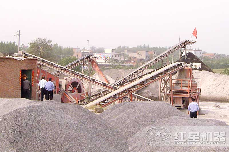 江苏石头制沙现场,小型沙石厂,利润非常可观