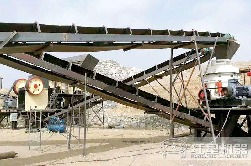 圆锥破碎机生产线现场,处理硬岩效果好