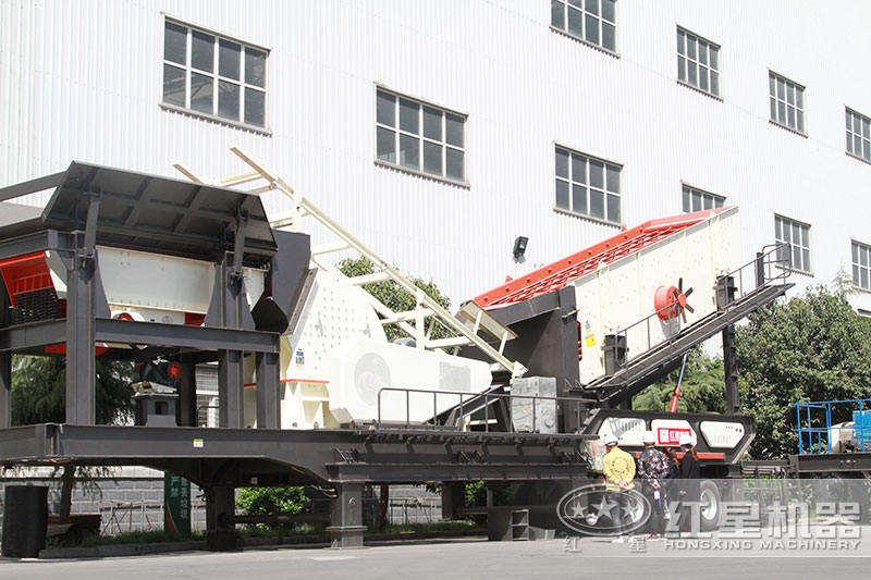 重锤式小型车载碎石机
